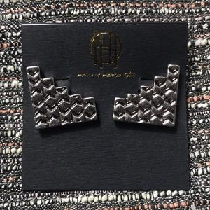 NAT House of Harlow 1960 Iconic etched clip on